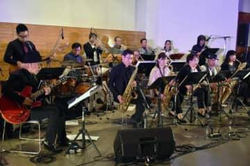 軽快な音色で聴衆を魅了したナチュラルサウンズオーケストラの第45回定期コンサート