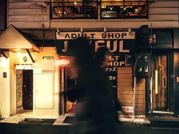 渋谷の繁華街のど真ん中にふたつの顔を持つ人気の焼き鳥店が潜んでいた!
