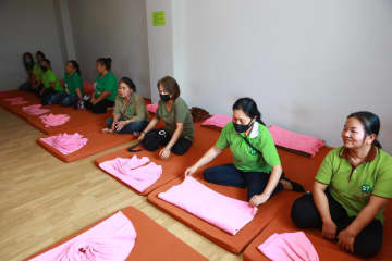 BID FOR SURVIVAL: Charawi, a Thai traditional massage shop in Bangkok's Mengjai area, has been so badly hit by the lack of Chinese customers due to the Covid-19 outbreak, that it is now offering free massages just so its masseurs can survive on tips.