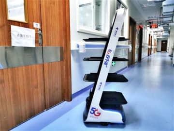 5G搭載ロボット、病院内での非接触配送を開始