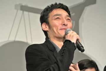 草彅剛が憧れのポン・ジュノ監督&ソン・ガンホと初対面!「写真焼き増しして(笑)」