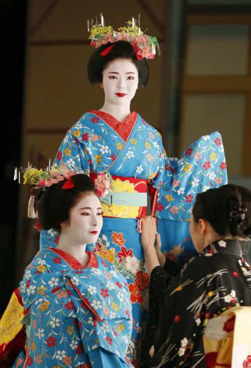 '미야코오도리' 의상 사진 촬영