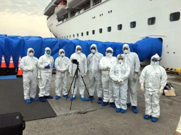 Infected Pinoys on ship rise to 80