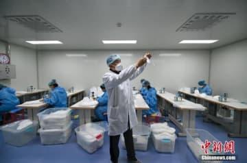 30代の男性がたった11日でマスク工場を建設―中国