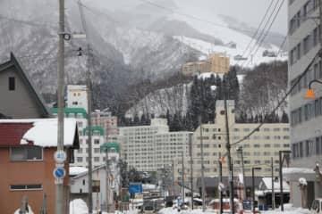 湯沢町の中でもリゾートマンションが集中する岩原高原エリア
