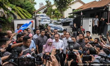 Saya sentiasa sabar dan yakin, kata Anwar