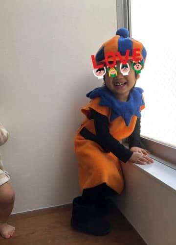 大渕愛子弁護士、他のママ達から褒められた長男の発表会演技「必死でなんとか衣装を完成させました」