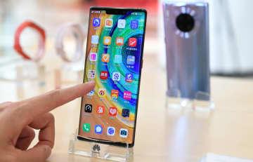 中国の携帯出荷台数、今年は6・3%減の3億4800万台予測