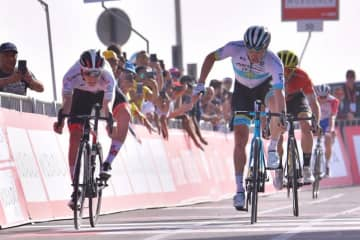 Sports officials in the Emirates have canceled the final two stages of UAE Tour cycling event after two Italian competitors had coronavirus diagnosed.