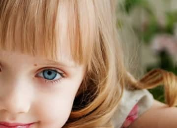 「目の下にほくろがある人」をかわいいと感じる理由