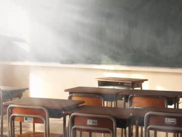 全国の小中高校に一斉休校が要請された(写真はイメージです)