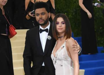 NEW YORK, NY - MAY 01: The Weeknd and Selena Gomez attend the 'Rei Kawakubo/Comme des Garcons: Art Of The In-Between' Costume Institute Gala at Metropolitan Museum of Art on May 1, 2017 in New York City. (Photo by Dia Dipasupil/Getty Images For...