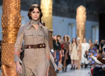 Kaia Gerber Walks The Runway For Chloe At Paris Fashion Week