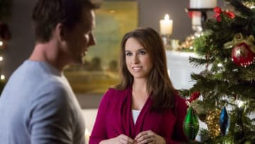 "Christmas Con returns to New Jersey this Fall. Last year Hallmark Channel stars like Lacey Chabert (pictured right) attended the event in Edison. (Hallmark Hallmark) (""Greg Braxton    Tribune News Service""/)"