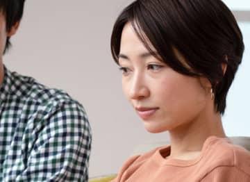 立川志らく(56歳)の18歳年下の妻に不倫疑惑が生じ、志らく本人が番組内で釈明。妻を信じているし、絆は壊れないと断言した彼だが……自分が浮気をしたときあっさり許してくれる夫を妻はどう見るのだろう。