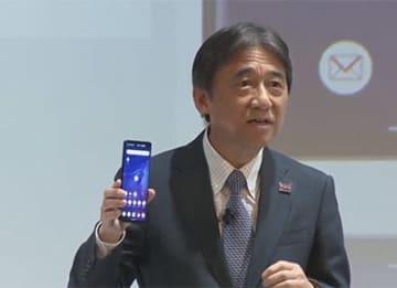 商用サービスがスタートした5Gの事業戦略について語るNTTドコモの吉澤和弘社長