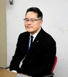 市立尼崎高校水泳部で2017年に起こったいじめ事案について説明する同市教育委員会の担当者=尼崎市役所