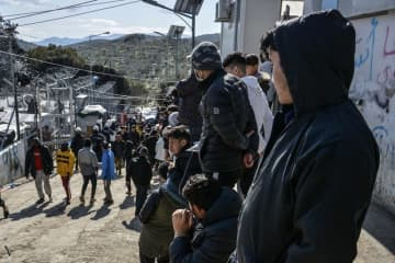 As the EU sealed off its borders to try to prevent the aggressive spread of the coronavirus pandemic, the 10,000 refugees amassed along the Turkish-Greek border are bearing the human cost.
