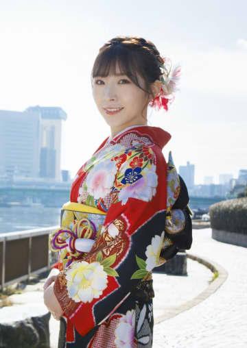 元AKB48 岩佐美咲、許されない恋愛模様を歌った新曲「右手と左手のブルース」発売決定!