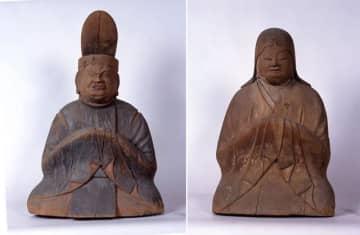 高千穂神社の「木造神像」の「男神坐像」(左)と「女神坐像」(県文化財課提供)