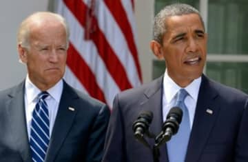Obama Biden talking Syria white house 31.8.13 370 (photo credit: Reuters)