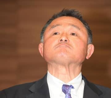 東京五輪延期問題について厳しい表情で語るJOC・山下泰裕会長(撮影・金田祐二)