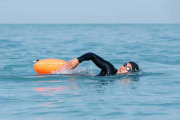 """Popular singer and actor Phakin """"Tono"""" Khamwilaisak has cancelled an ocean swimming campaign to raise funds for marine conservation. (Photo by Supapong Chaolan)"""