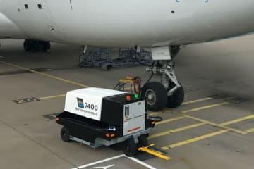 関西エアポート、電気式移動電源車「eGPU」の実証実験 T2で4社共同