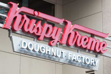 Several major chains, like Krispy Kreme, are providing free food, drinks and even shoes to healthcare workers. (Reena Rose Sibayan | The Jersey Journal) ((Reena Rose Sibayan | The Jersey Journal)/)