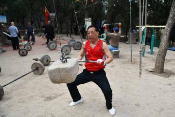 公園が高齢者のスポーツジムに 山東省済南市