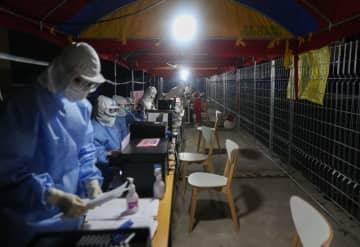 浦東新区の臨時集中検査施設 上海市