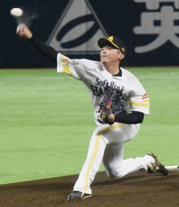 打者投手を務めたソフトバンク・東浜=ペイペイドーム