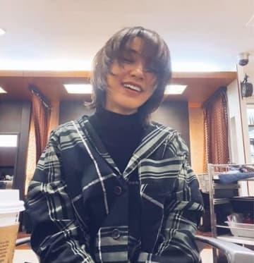 鈴木紗理奈、菅田将暉風ヘア披露で「かっこかわいい」「ヤンキー?」の声
