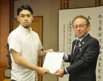 知事、再撤回「一つの手」 辺野古 県民投票の会が要請 画像
