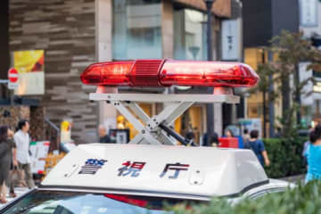 「コロナ感染者だ」 交通事故を起こした学生が激しい咳で警官を威嚇