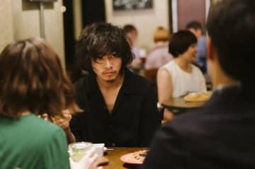 山崎賢人が魅せる色気あふれる新たな顔…行定勲の『劇場』映画化への確信 画像