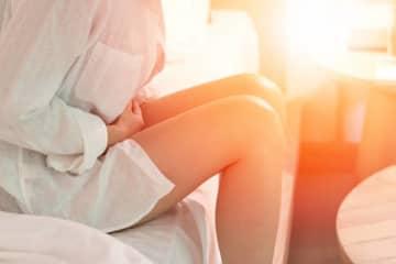 【医師監修】着床出血が起こるころ、生理痛があったら? 着床と何か関係はあるの?