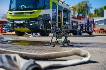 DJI、消防車両・消防設備メーカーRosenbauer International AGと新たに戦略的な提携関係を締結