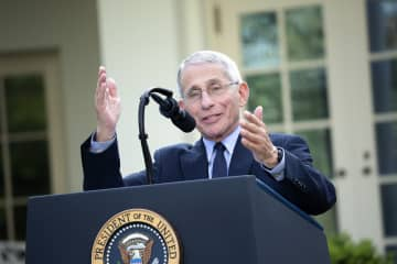 Dr. Fauci says 'we'll get through this' in uplifting coronavirus bedside message