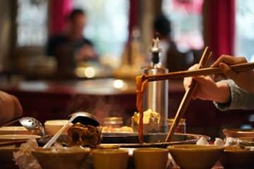 火鍋料理、新型肺炎治療支援の医療従事者に年内無料 四川省