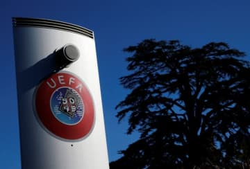 サッカー=UEFA、主催試合の無期限延期を決定