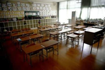 73自治体の学校、予定通り再開 休校延長は東京など21 画像