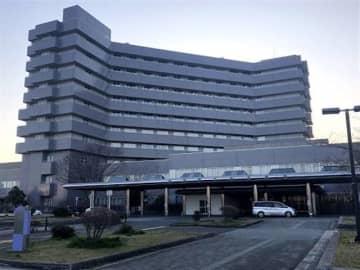 職員の新型コロナウイルス感染を受け休診する由利組合総合病院
