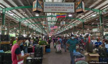 Polis, tentera akan kawal jarak sosial di pasar Selayang