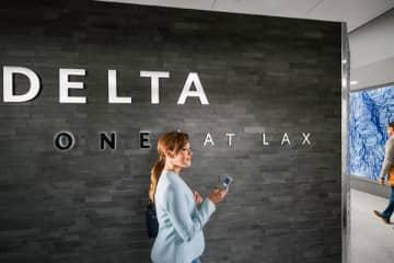 デルタ航空、「スカイマイル」上級会員資格を1年延長 バウチャーなども特別対応