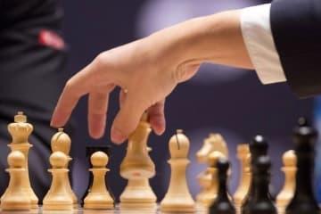 Pimentel tops bullet chess