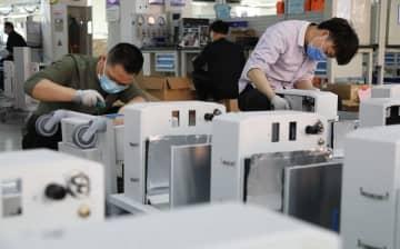 中国医療機器メーカー各社、救命用の人工呼吸器を全速力で製造