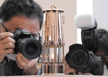 Jヴィレッジに展示される東京2020オリンピック聖火