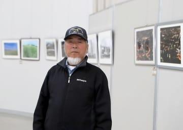 めんこい美術館で「旅の写真展2020」を開いている浅川さん