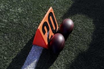 フィールドに置かれたフットボール【Aaron Doster via AP】